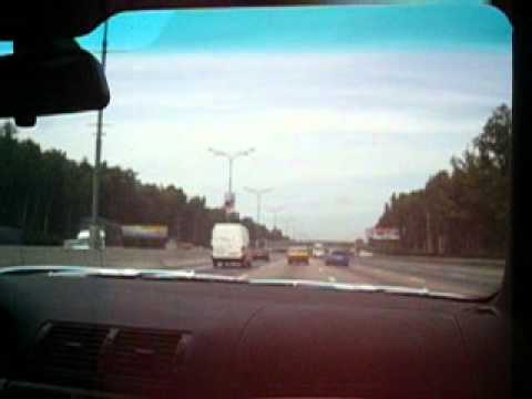 BMW M5 vs. AUDI RS4 at Rush Hour Moscow