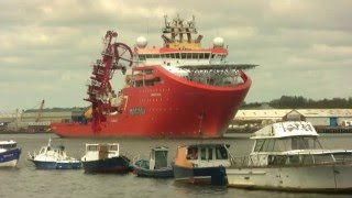 getlinkyoutube.com-Offshore Vessel Normand Oceanic Leaves the River Tyne 14th May 2016