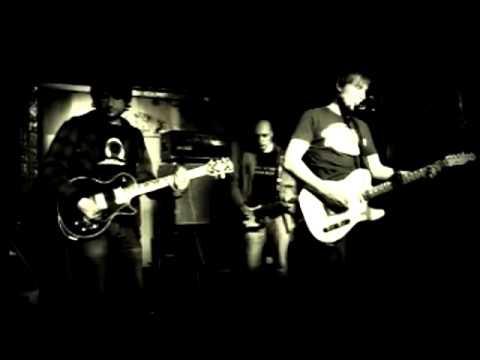 KOSMOS.COM - Небо синее(Live @ Цоколь, 06.01.2011)