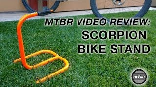 getlinkyoutube.com-MTBR Scorpion Bike Stand Review