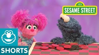 getlinkyoutube.com-Sesame Street: Cookie Monster Plays (Eats) Checkers