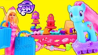 getlinkyoutube.com-My Little Pony MLP Sweet Rainbow Bakery Rainbow Power Toy Review with Pinkie Pie Barbie