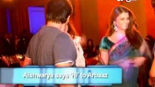 getlinkyoutube.com-Aishwarya Says hi! to Salman's brother
