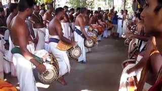 getlinkyoutube.com-Ethanur Kummatti 2015 - Panchavadyam (Pathikaalam Thaalavattom+Koottikkottu)