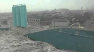 getlinkyoutube.com-أخطر فيضان في العالم سبحان مغير الأحوال