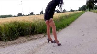 getlinkyoutube.com-crossdresser flashing his stockings