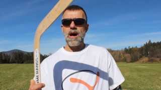 """How to throw a """"traditional shaped returning"""" boomerang"""