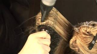 How to curl hairs using a round brush!!