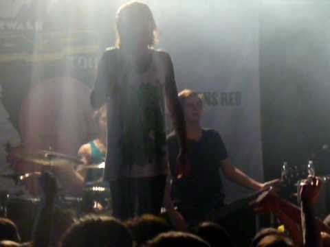 """Pray For Plagues"" Live  -BMTH  [11-20-10]"