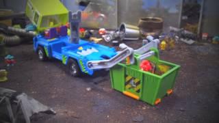getlinkyoutube.com-The Trash Pack Junk Truck Television Commercial