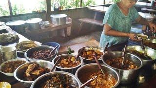 getlinkyoutube.com-มารู้จักอาหารพม่าบ้านมูด่องน่ากินทั้งนั้น โดยเฉพาะผัดหมูป่ามันใช่เลย myanmar food it delicious