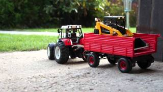 getlinkyoutube.com-Nakladač Bruder Cat a traktor Steyr CVT 170