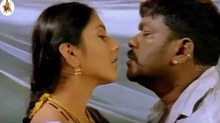 Parthiepan Gives A Deep Lip Lock Kiss To Namitha || Most Romantic Scene || Simhamukhi Movie Scenes