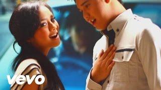 getlinkyoutube.com-Gita Gutawa, Derby Romero - Cinta Takkan Salah