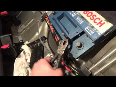 Audi a6 c4 лайфхак для автомобильного аккумулятора