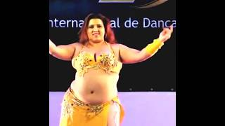 Dubai Desert Safari Belly Dance at fatty aunty