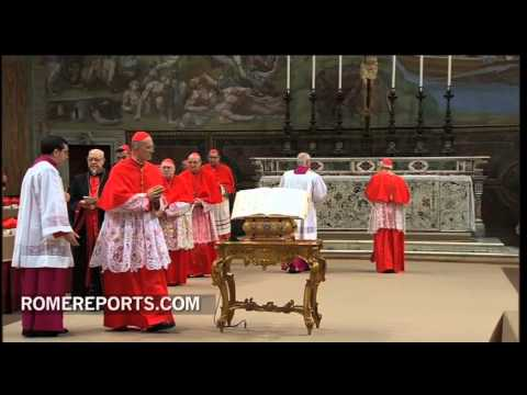 Cardinals take oath of secrecy as Conclave begins