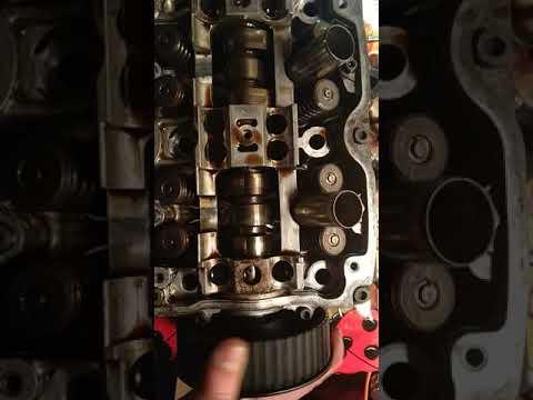 Где в Subaru Импреза WRX маслосъемные колпачки