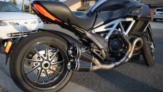 getlinkyoutube.com-2015 Ducati Diavel Carbon Stock Exhaust vs. Termignoni Full System