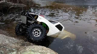 getlinkyoutube.com-INSANE! RC Truck Drives Under Ice!! Axial SCX10 Toyota Hilux RCFRENZY