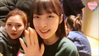 Arin (OH MY GIRL) Speaking English (ft Mimi And YooA)