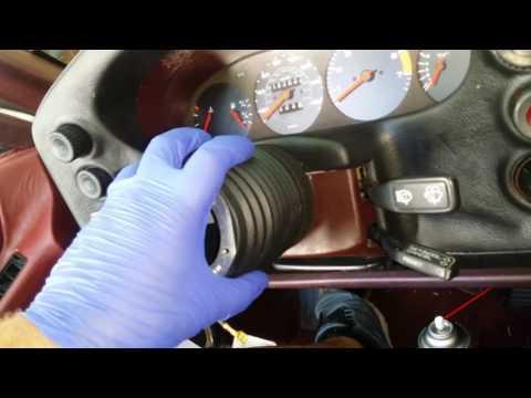 Porsche 928s MOMO Steering Wheel Adapter
