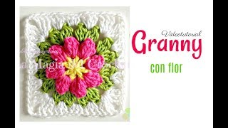getlinkyoutube.com-Granny square flor a crochet