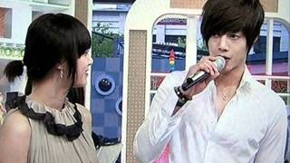 getlinkyoutube.com-Kim Hyun Joong and Goo Hye Sun _ sweet moments !