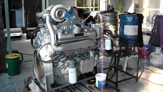 getlinkyoutube.com-Detroit Diesel 8V92 rebuild first start up Australia