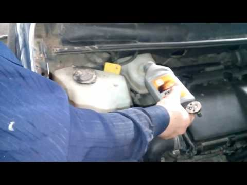 Как прокачать тормоза на PRIUS 20 NHW20, замена датчика ABS