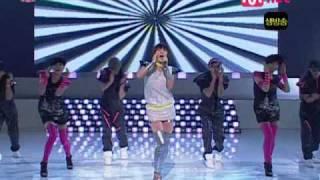getlinkyoutube.com-Uhm jung hwa - D.I.S.C.O Feat.TOP Live 0731