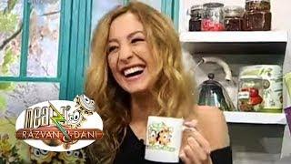 getlinkyoutube.com-Flavia Mihăşan şi-a uitat lenjeria intimă acasă!