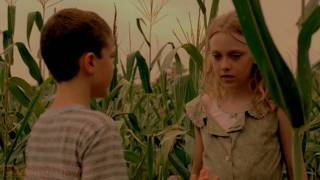getlinkyoutube.com-Dakota Fanning - Hounddog