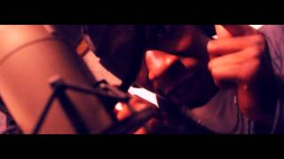 Tee - @IAmYoungTee - Onna Daily [Music Video] [HD] In-Studio Performance