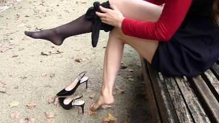 getlinkyoutube.com-Gorgeous girl with splendid legs and feet taking off her tights