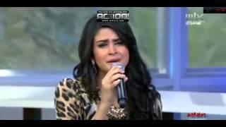سلمى رشيد تغني باللغة التركية