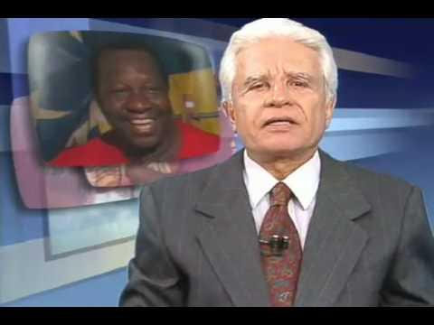 Morre, aos 53 anos, o humorista e sambista Mussum (1994)