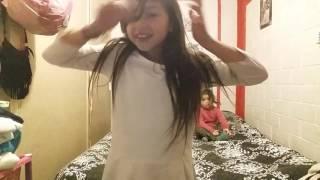 getlinkyoutube.com-Bailando con mi prima😂😂😂😂