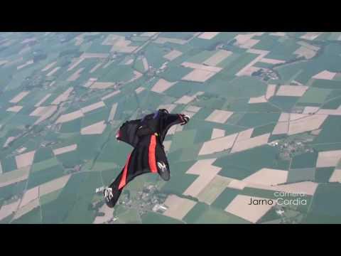 Wingsuit enter the new world