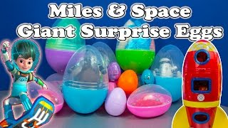 getlinkyoutube.com-MILES FROM TOMORROWLAND Disney Surprise Eggs  Miles Space Explorer Toys Video