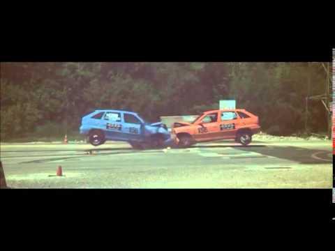 Opel Astra vs Opel Sintra Crash Test