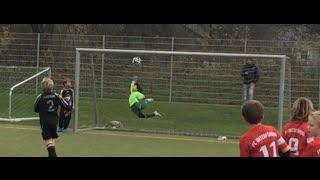 getlinkyoutube.com-Best saves - 6 Year old Goalkeeper Bobby - fly like an eagle!
