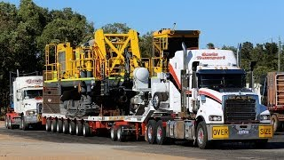 getlinkyoutube.com-Gavin Transport Mack Titan & Fleet Liner