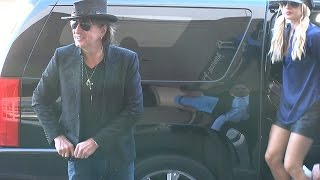 getlinkyoutube.com-X17 EXCLUSIVE: Guitarist Richie Sambora Talks Baseball Before Heading To The Races