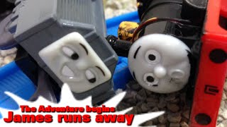 "getlinkyoutube.com-Thomas and friends ""James runs away-The Adventure begins"" トーマス プラレール ガチャガチャ ジェームスのだっせん"
