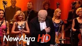 Waldemar Malicki & Filharmonia Dowcipu - Gummy Bear (HD)