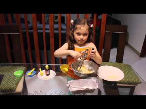 Angelica's Baking Lesson For Beginners!