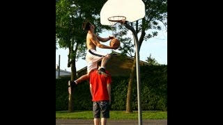 Best dunks and training of October 2012: 175 cm Dunkfather ! EXPLOSIVE dunks......MUST SEE!!!!