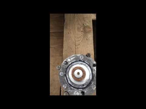 BMW 1. Ремонт рулевой рейки.