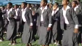 getlinkyoutube.com-Magari Ya Daladala || Kasulu Kigoma Choir || Official Video 2017